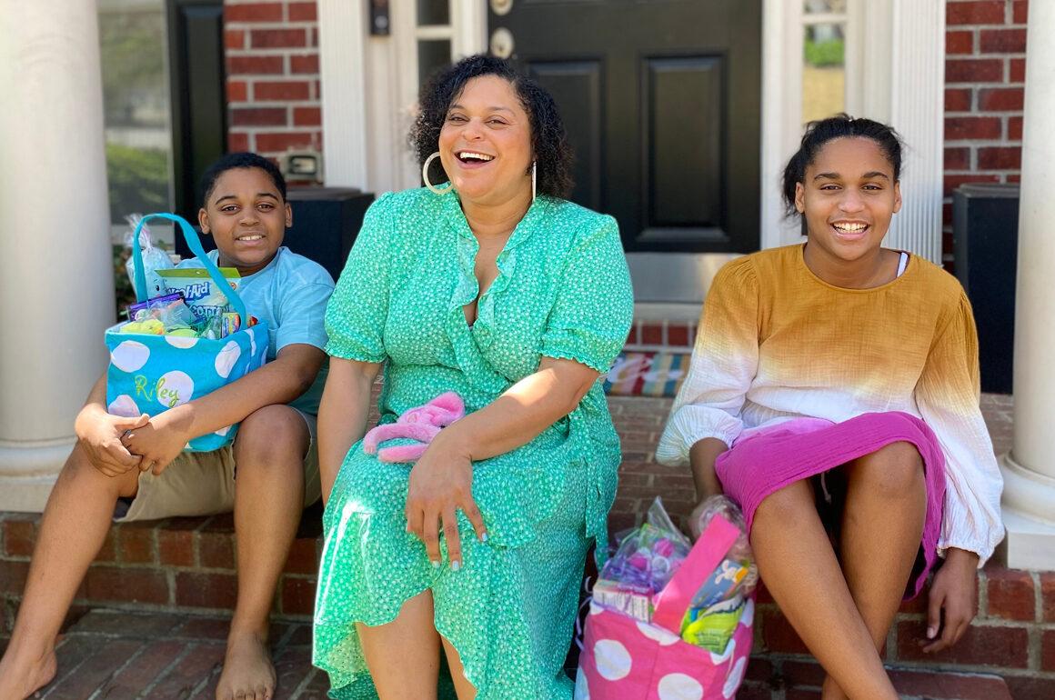 Meryl Twins Celebrating Mother's Day 2021